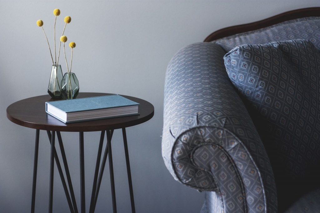 fotel tapicerowany - meble tapicerowane do salonu